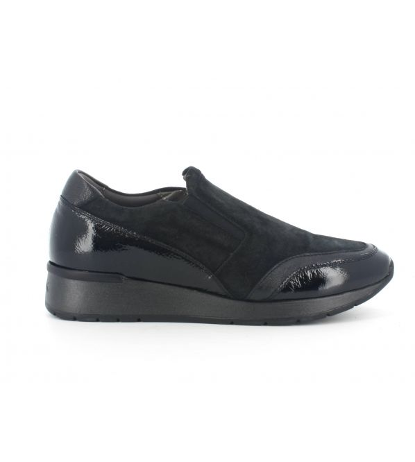Slip on melluso hr25025 in camoscio nero  sottopiede in memory foam