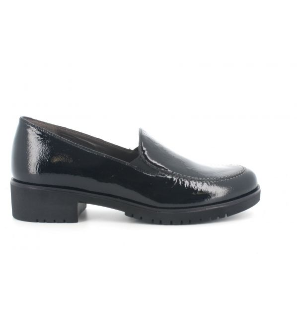 Slip on melluso r35500l in vernice nero con sottopiede in memory foam