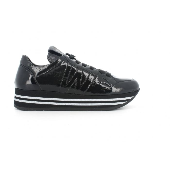 Sneakers melluso r25252l in pelle verniciata  nero con lacci e plantare estraibile
